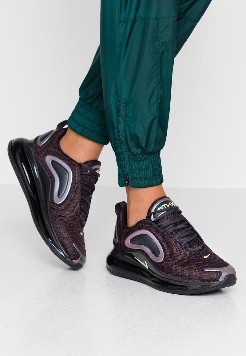 Nike Sportswear - AIR MAX 720 - Sneaker low - oil grey/bicycle yellow/black