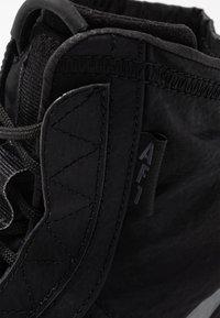 Nike Sportswear - AIR FORCE 1 - Sneakersy wysokie - black/dark grey - 2