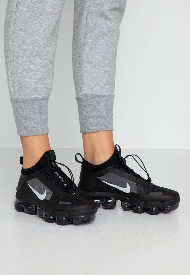 Nike Sportswear - AIR VAPORMAX 2019 UTILITY - Trainers - black/reflect silver/white