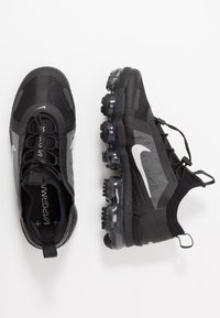 Nike Sportswear - AIR VAPORMAX 2019 UTILITY - Trainers - black/reflect silver/white - 3