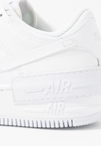 Nike Sportswear - AIR FORCE 1 SHADOW - Matalavartiset tennarit - white - 2