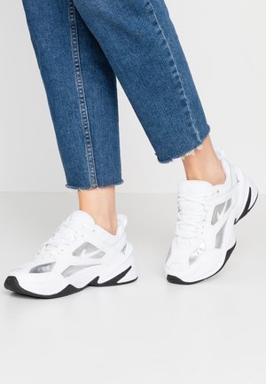 TEKNO  - Sneaker low - white/metallic silver/black
