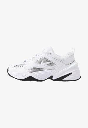 TEKNO  - Sneakers basse - white/metallic silver/black