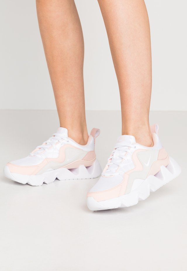 RYZ - Sneakers laag - white/washed coral/summit white