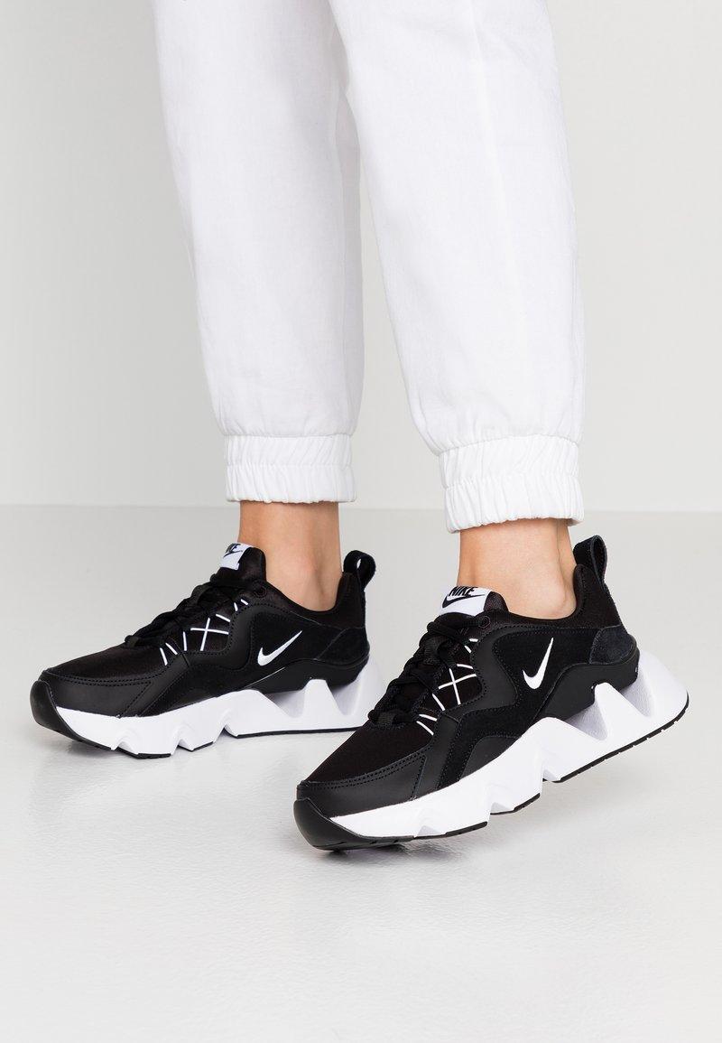 Nike Sportswear - RYZ  - Sneakersy niskie - black/white