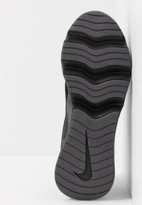 Nike Sportswear - RYZ 365 - Sneakersy niskie - black/metallic dark grey - 6
