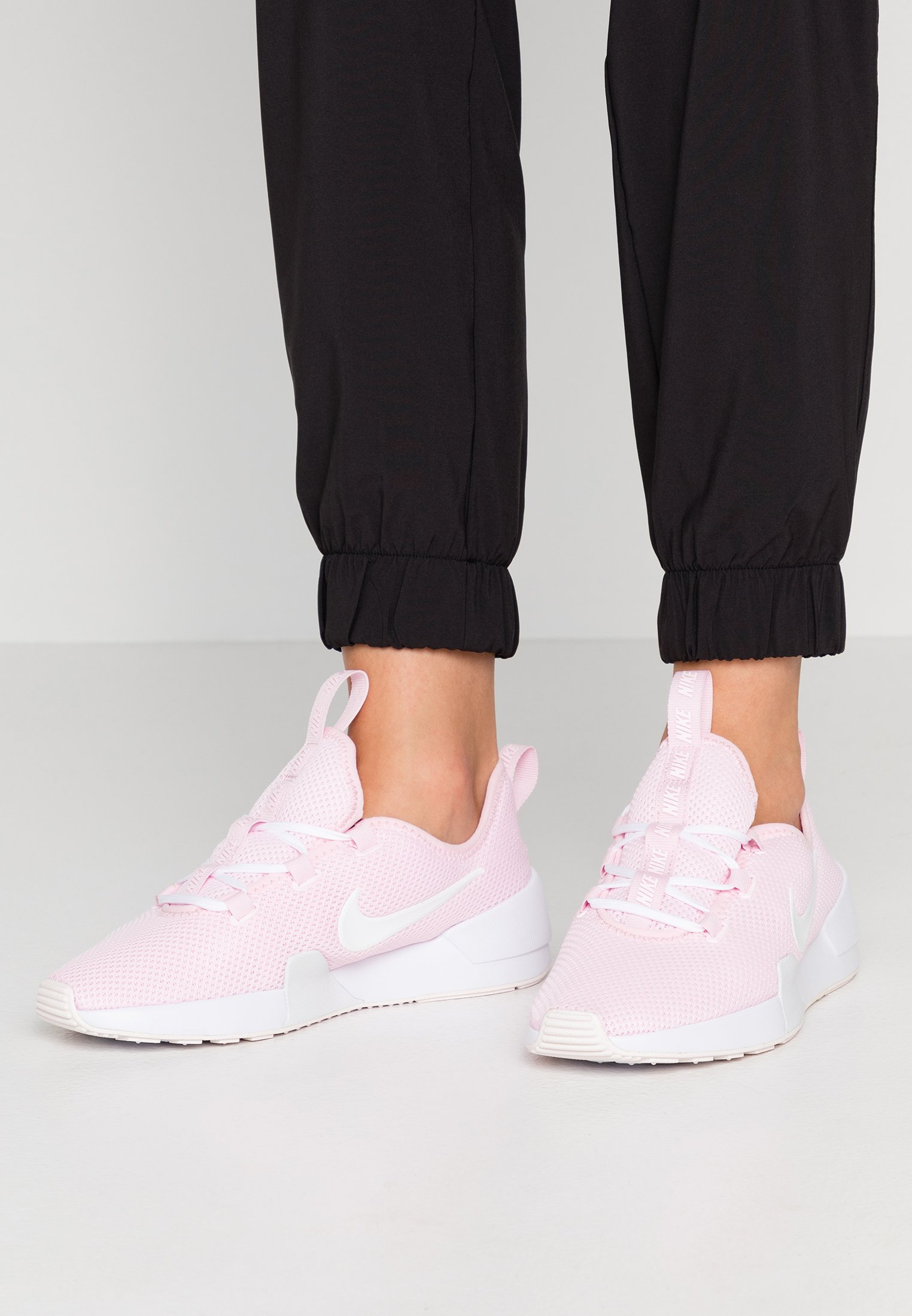 imagina chasquido mecanismo  Nike Sportswear ASHIN MODERN - Trainers - pink/white/pale pink - Zalando.ie