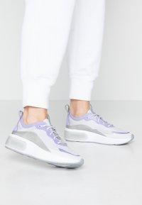Nike Sportswear - AIR MAX DIA - Joggesko - vast grey/purple agate/metallic platinum/white - 0