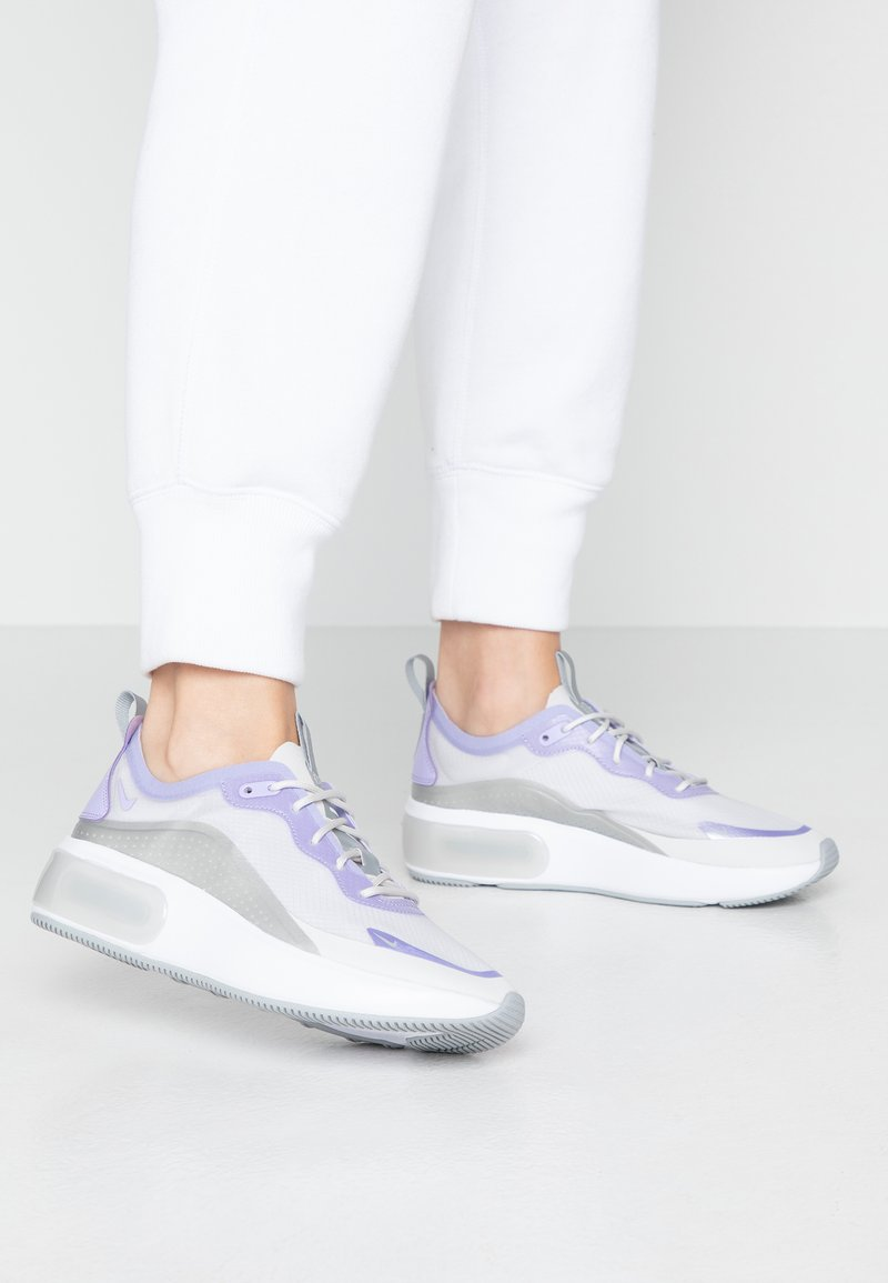 Nike Sportswear - AIR MAX DIA - Joggesko - vast grey/purple agate/metallic platinum/white