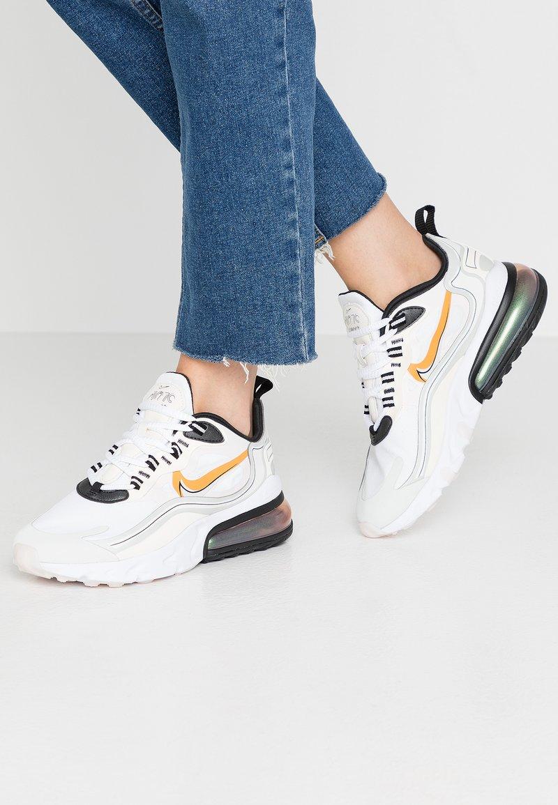 Nike Sportswear - AIR MAX 270 REACT - Tenisky - plum eclipse/wolf grey
