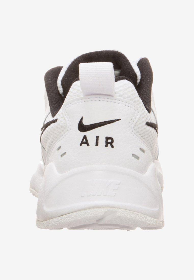 Nike Sportswear AIR HEIGHTS SNEAKER DAMEN - Sneakersy niskie - white/black