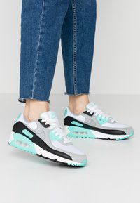 Nike Sportswear - AIR MAX 90 - Sneakers laag - white/particle grey/hyper turquise/black/light smoke grey - 0