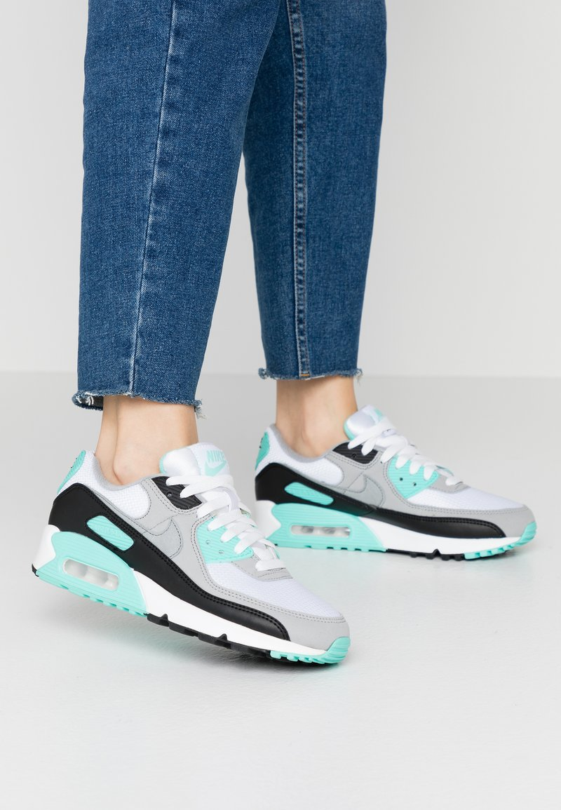 Nike Sportswear - AIR MAX 90 - Sneakers laag - white/particle grey/hyper turquise/black/light smoke grey