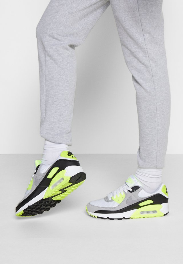 AIR MAX 90 - Sneakers laag - white/particle grey/volt/black/light smoke grey