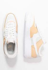 Nike Sportswear - AIR FORCE 1 SHADOW - Zapatillas - spruce aura/white/sail/black/barely rose - 1