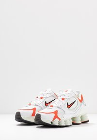 Nike Sportswear - SHOX TL NOVA - Trainers - white/team orange/spruce aura/black - 6