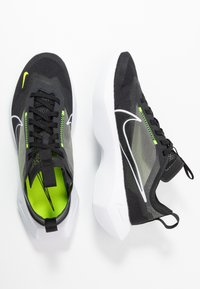 Nike Sportswear - VISTA LITE - Sneakersy niskie - black/white/lemon - 3