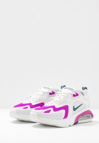Nike Sportswear - AIR MAX 200 - Trainers - photon dust/valerian blue/white/vivid purple - 4