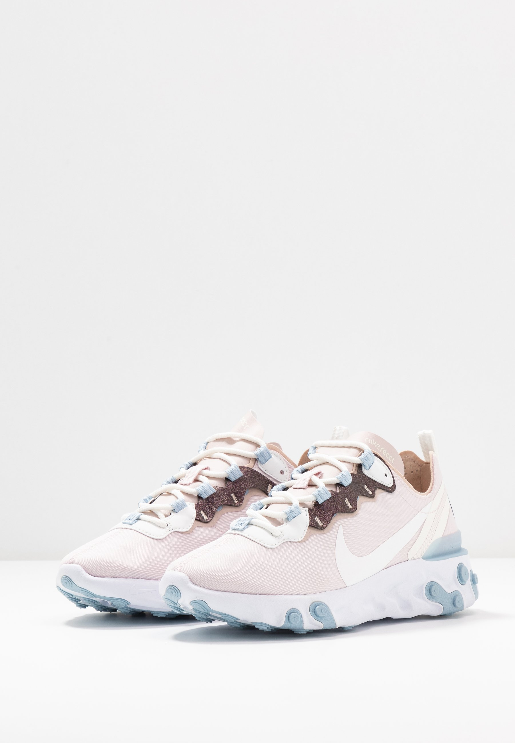Sneakers barely rosefossil stonesummit whitelight armory blue