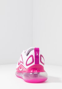 Nike Sportswear - AIR MAX 720 - Sneakersy niskie - white/fire pink/metallic silver/platinum tint - 5