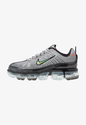 NIKE AIR VAPORMAX 360 - Sneakersy niskie - metallic silver/max orange/metallic dark grey/black