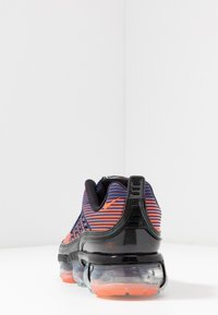 Nike Sportswear - NIKE AIR VAPORMAX 360 - Zapatillas - blue void/kinetic green/magic ember/vivid purple-mtlc silver-black - 5