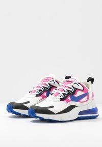 Nike Sportswear - AIR MAX 270 REACT - Sneakersy niskie - summit white/hyper blue/cosmic fuchsia/black - 4