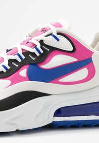 Nike Sportswear - AIR MAX 270 REACT - Sneakersy niskie - summit white/hyper blue/cosmic fuchsia/black - 2