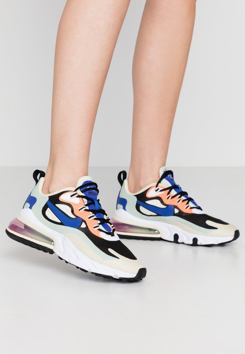 Nike Sportswear - AIR MAX 270 REACT - Baskets basses - fossil/hyper blue/black/pistachio frost/fire pink/hyper crimson