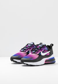 Nike Sportswear - AIR MAX 270 REACT - Sneakersy niskie - hyper blue/white/magic flamingo/vivid purple/black - 4