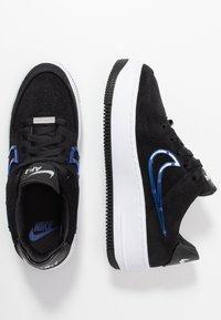 Nike Sportswear - AIR FORCE 1 SAGE - Matalavartiset tennarit - black/deep royal blue/metallic silver - 3
