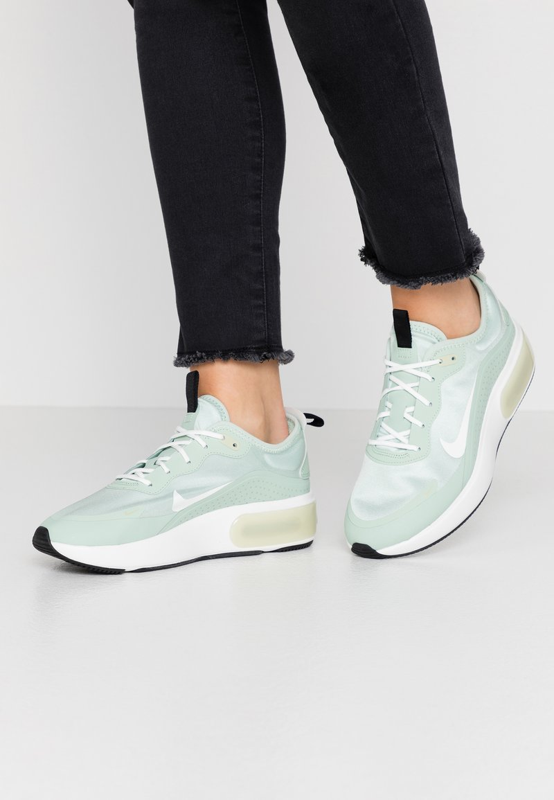 Nike Sportswear - AIR MAX DIA - Trainers - pistachio frost/summit white/olive aura/black