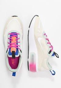 Nike Sportswear - AIR MAX DIA - Sneakers laag - fossil/hyper crimson/pistachio frost/hyper blue/fire pink/white - 3