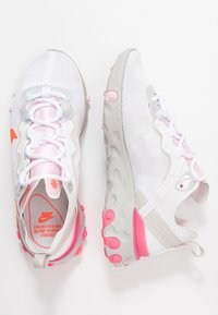 Nike Sportswear - Sneakersy niskie - white/hyper crimson/digital pink/pink foam/light bone - 3