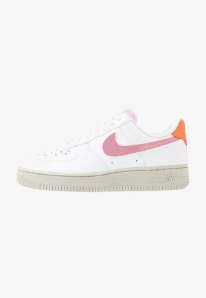 AIR FORCE 1 - Sneakers basse - white/digital pink/pink foam/hyper crimson/light bone