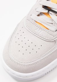 Nike Sportswear - AIR FORCE 1 SHADOW - Trainers - vast grey/laser orange/white - 2