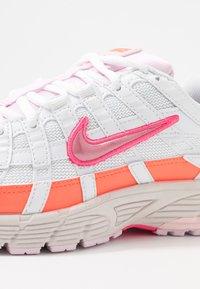Nike Sportswear - P6000 - Trainers - white/digital pink/hyper crimson/pink foam/light bone - 3