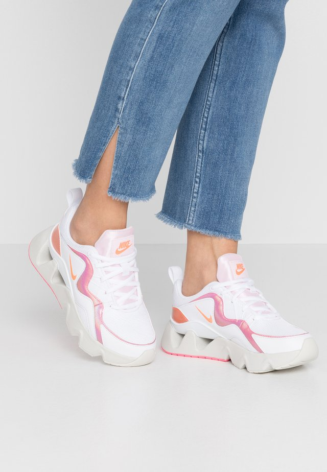 RYZ - Sneakers laag - white/hyper crimson/digital pink/pink foam/light bone