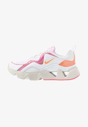 RYZ - Trainers - white/hyper crimson/digital pink/pink foam/light bone