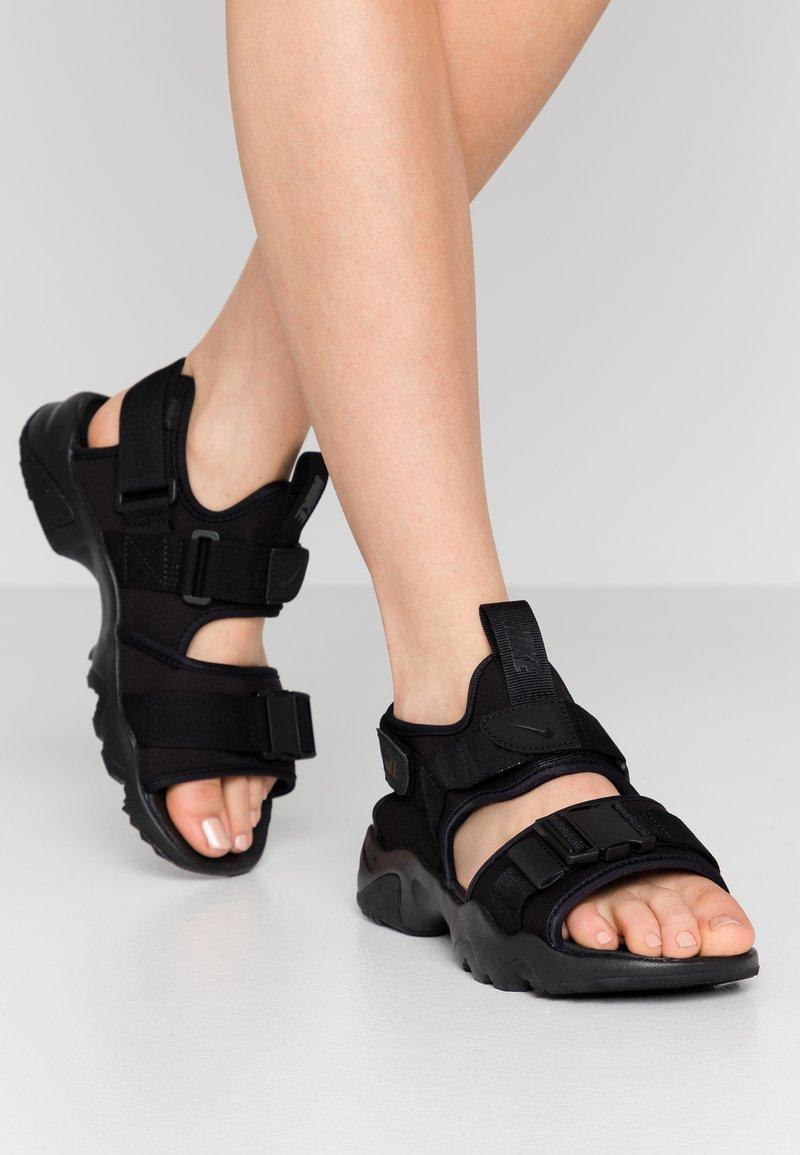 Nike Sportswear - CANYON  - Vaellussandaalit - black
