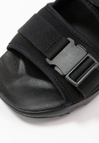 Nike Sportswear - CANYON  - Vaellussandaalit - black - 2