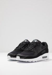Nike Sportswear - AIR MAX 90 - Sneakers laag - black/white - 4
