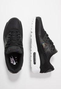 Nike Sportswear - AIR MAX 90 - Sneakers laag - black/white - 3