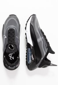 Nike Sportswear - AIR MAX 2090 - Trainers - black/white/metallic silver - 3