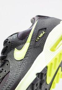 Nike Sportswear - AIR MAX 90 - Sneakers laag - dark smoke grey/volt/barely volt - 2