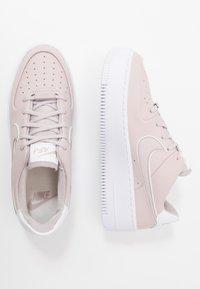 Nike Sportswear - AIR FORCE 1 SAGE - Matalavartiset tennarit - platinum violet/white - 3