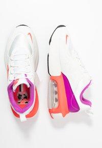 Nike Sportswear - AIR MAX VERONA - Sneakers laag - lilac/red - 3