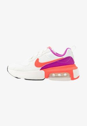 AIR MAX VERONA - Sneaker low - lilac/red