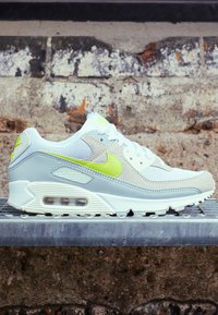 Nike Sportswear - AIR MAX 90 - Sneaker low - white/lemon/pure platinum/sail - 3