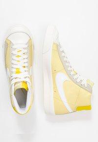 Nike Sportswear - BLAZER 77 - High-top trainers - bicycle yellow/white/opti yellow/sail - 3